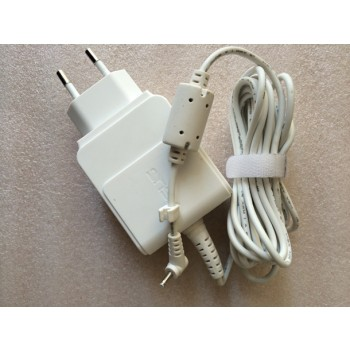 AD82000 Asus 19V 1.58A 2.5x0.7mm EU Wall Plug AC Power Adapter Charger for ASUS Eee Pad