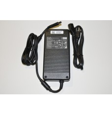 Genuine DELL Alienware M18X R1 R2 0XM3C3 XM3C3 19.5V 16.9A 330W AC adapter