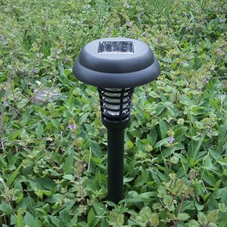Waterproof Solar Power UV Bug Zapper Pest Insect Black Mosquito Killer Light Garden Yard Solar LED Lamp